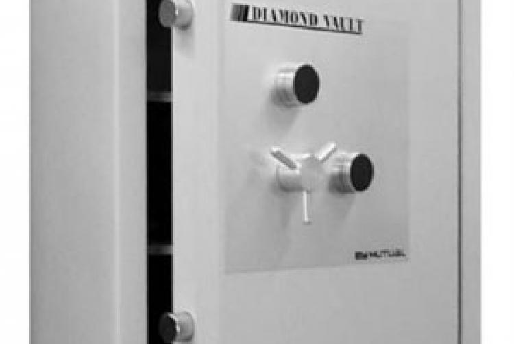 When security greater than the TL 30  is required, The Diamond Vault TL-30×6 is the answer.